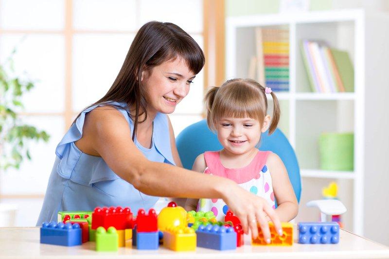 kado untuk bayi 1 tahun-mainan balok