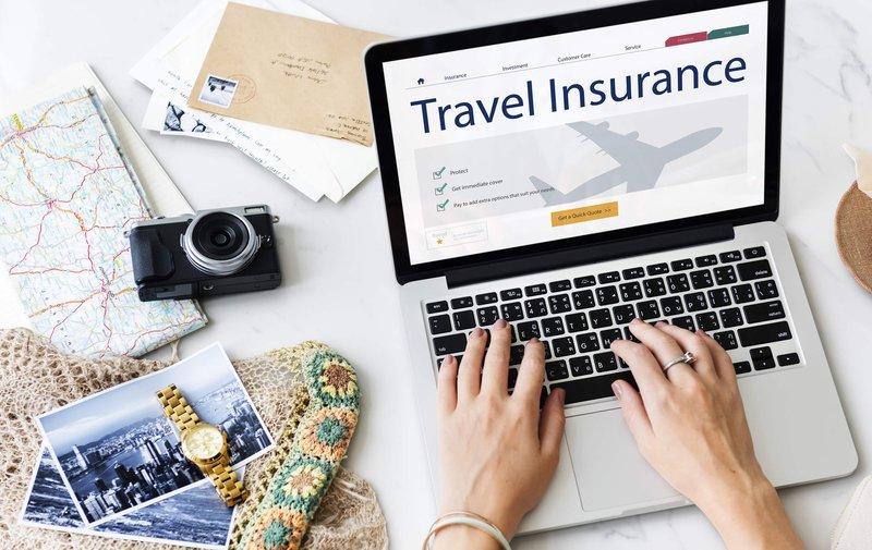 asuransi travel.jpg
