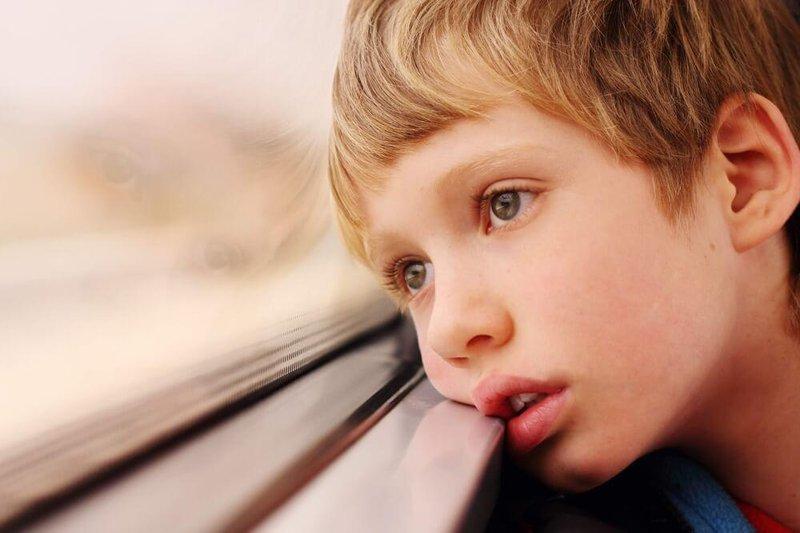 pergerakan mata, ASD, autism