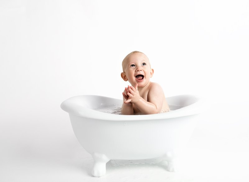 baby-bathtub-child-914253.jpg