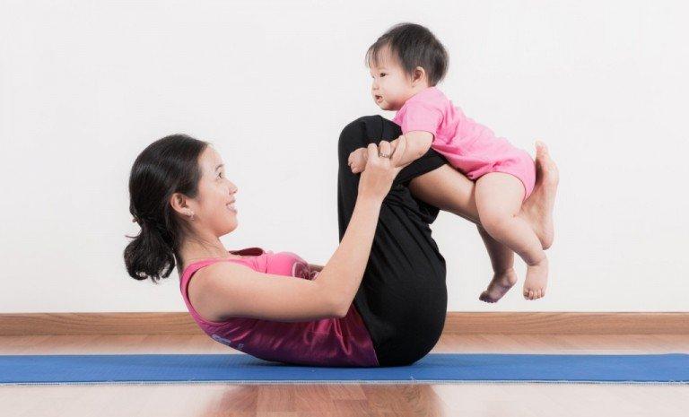 baby yoga 2.jpg