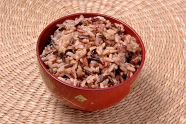 bahaya mengonsumsi beras merah.jpg