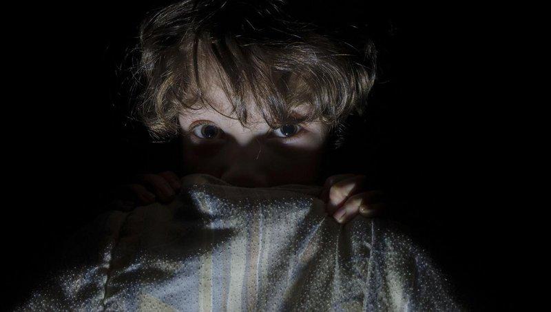 balita suka menonton film horor waspada dengan akibatnya, moms 1