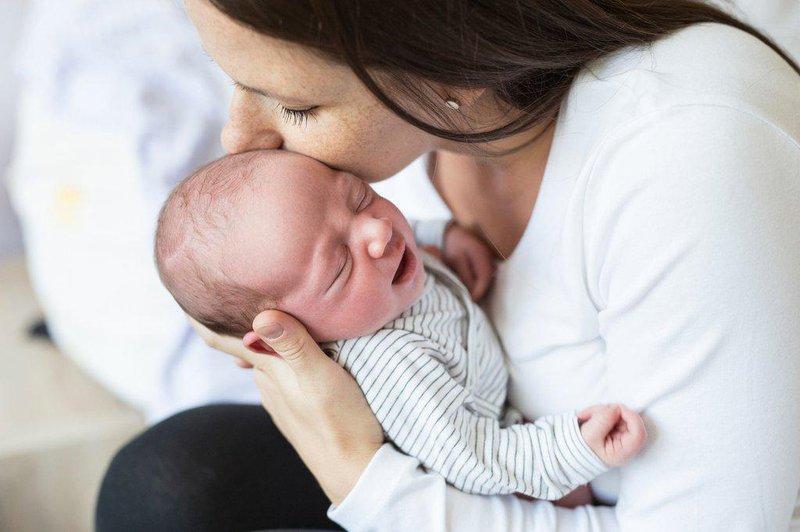 batas wajar frekuensi bayi menangis