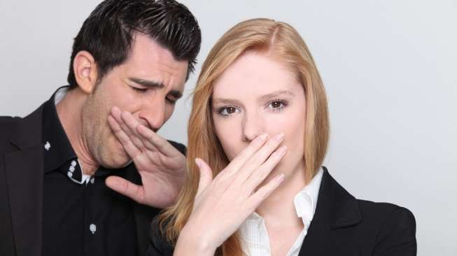 bau mulut tanda kanker (shutterstock).jpg