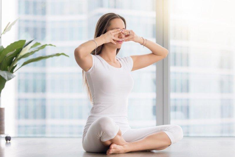 8 Pose Yoga Untuk Tingkatkan Kesuburan 3