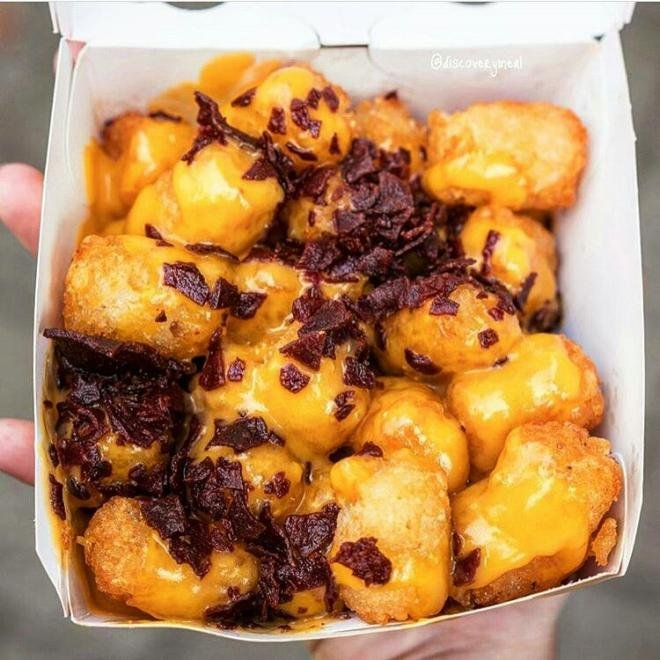 beef bacon and cheese tots fries