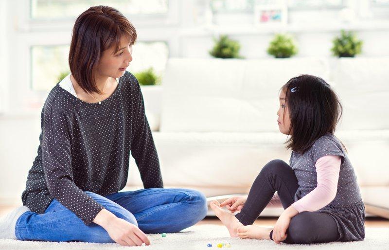 berdiskusi dengan anak