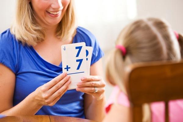 Menumbuhkan minat anak dengan stimulasi calistung