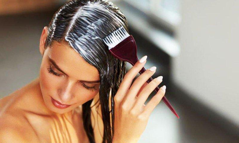 bolehkah mewarnai rambut saat menyusui 1