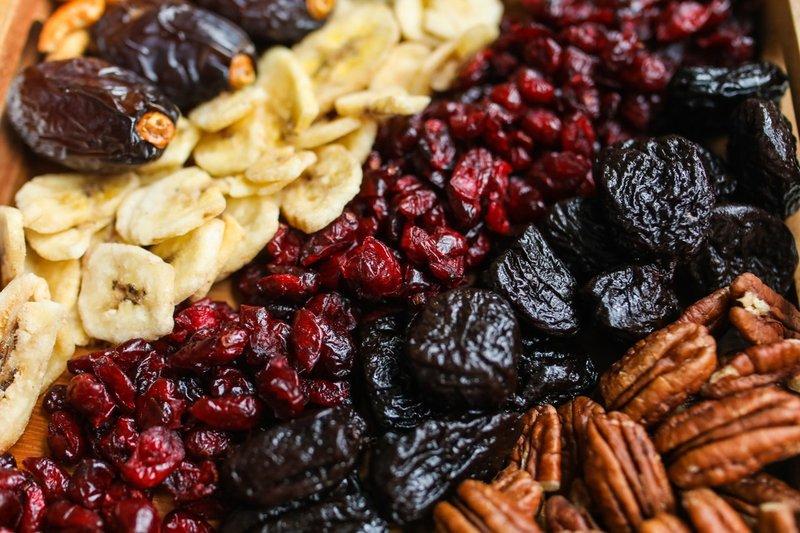 buah kering, buah yang perlu dihindari saat balita batuk.jpg