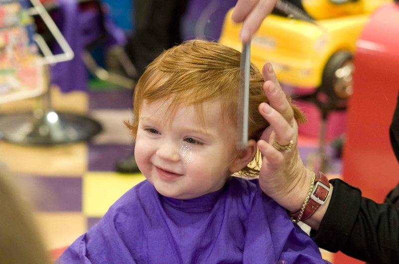 buat anak menjadi mandiri dengan 5 tips merawat rambut sendiri 3