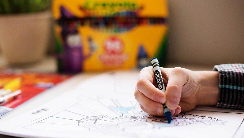 buat latihan menulis balita lebih menyenangkan dengan 3 aktivitas ini 1