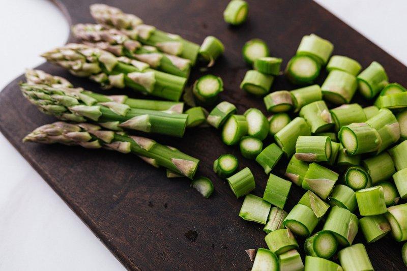 sumber protein nabati - asparagus