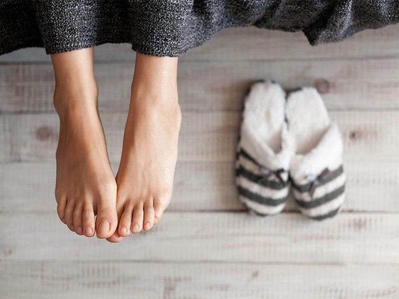 penyebab bau kaki