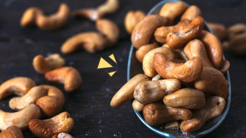 7 Resep dan Cara Menggoreng Kacang Mete yang Renyah, Anti Gosong!