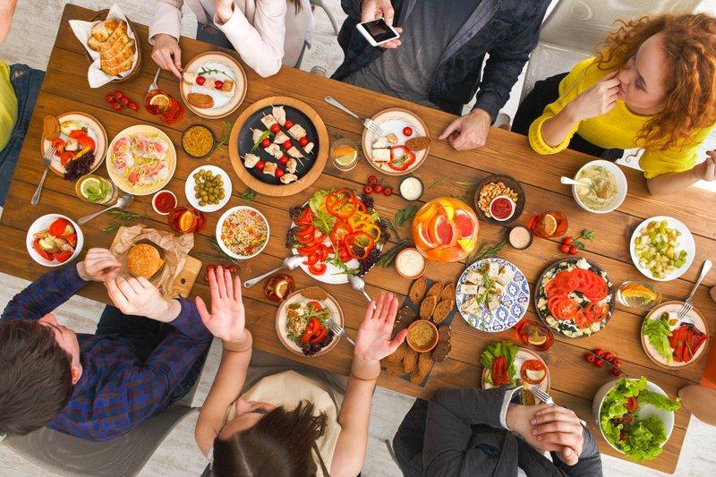 cara menjaga kesehatan dari virus Corona-jangan gunakan peralatan makan pribadi.jpg