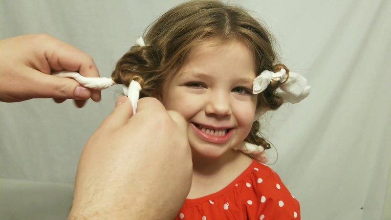 cara unik mengeriting rambut balita rag curl.jpg