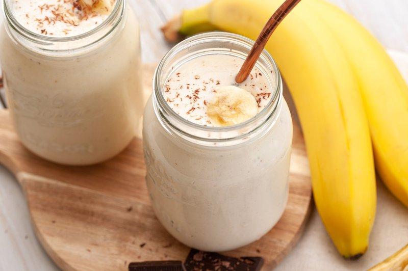 cemilan untuk ibu menyusui-milkshake pisang.jpg