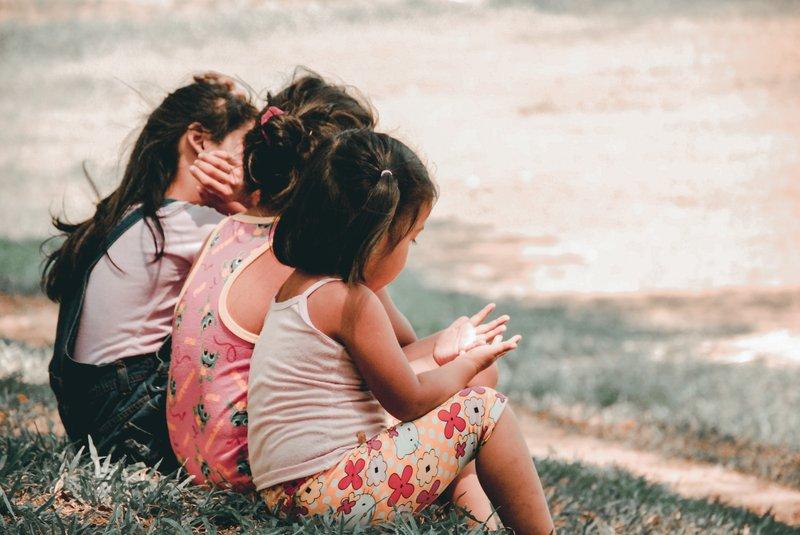 perbedaan skoliosis anak dan dewasa