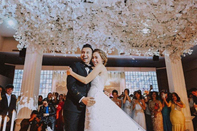anniversary pernikahan cherly juno