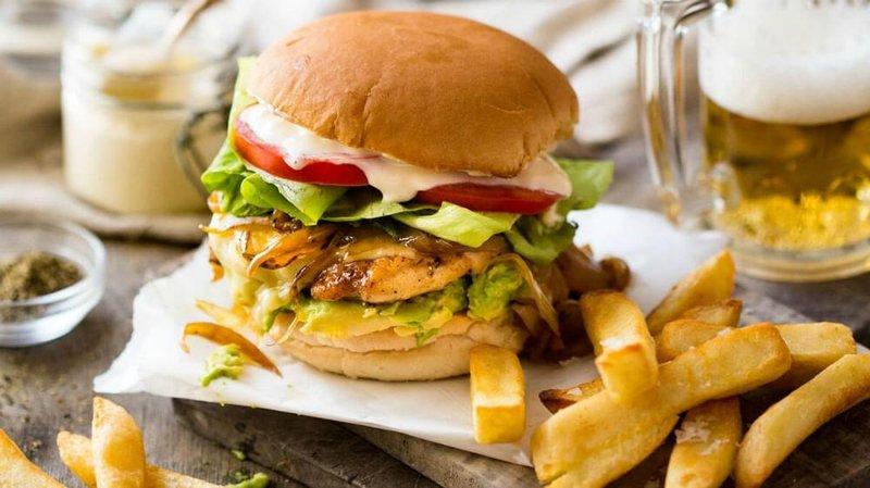 kalori burger ayam