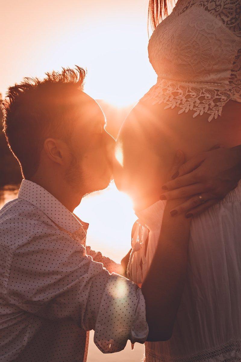 child-couple-embrace-807982 (1).jpg