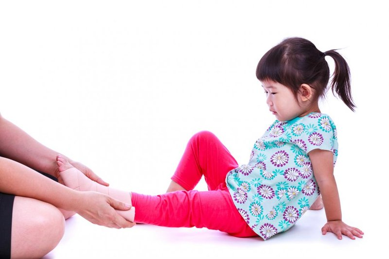 child-with-painful-foot.jpg