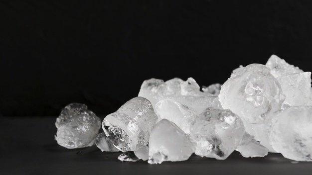 clear-ice-lying-pile_23-2148216382.jpg