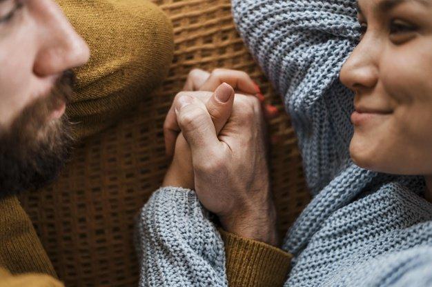 Berikan perhatian lebih agar suami merasa dicintai