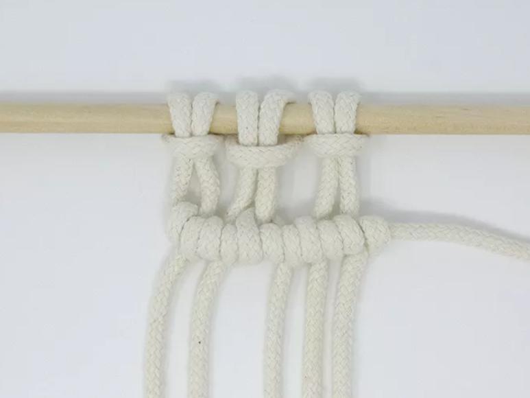 Simpul clove knot.png