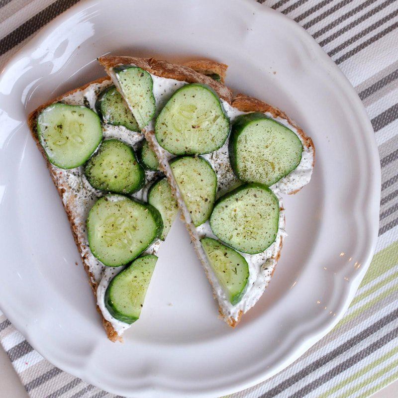 cream cheese and cucumber sandwiches 1