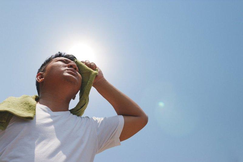 cuaca panas heatstroke-3.jpg