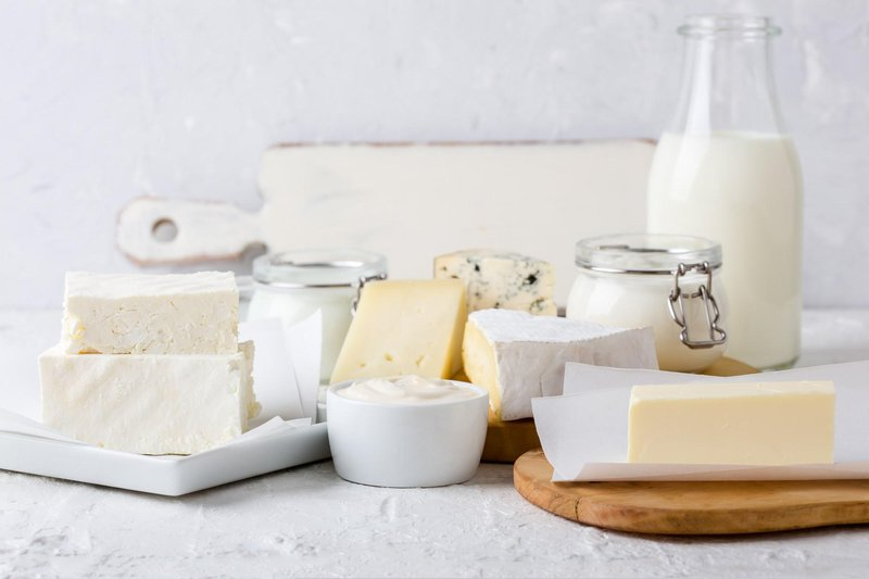dairy products 2000x1333