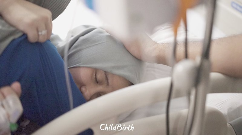 ryana dea melahirkan