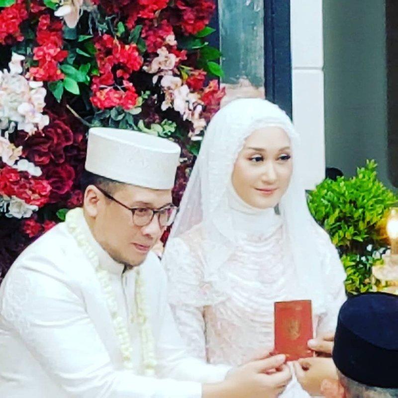 Dian Pelangi Resmi Menikah dengan Pengusaha