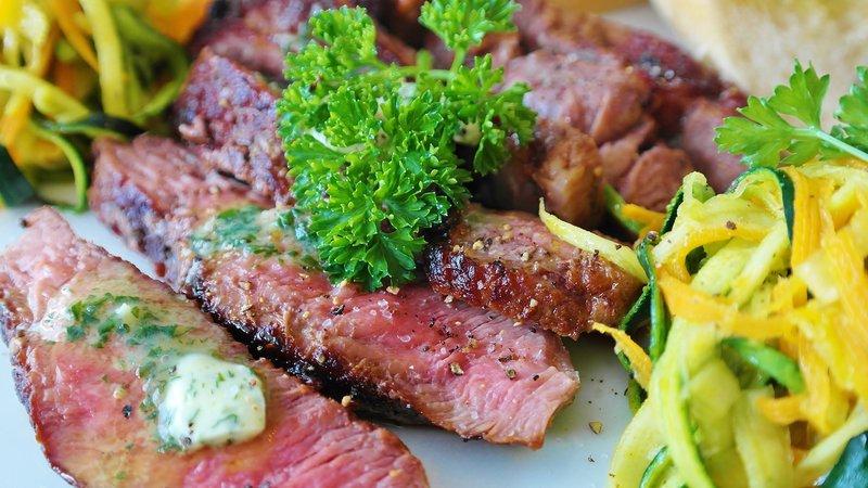 rekomendasi diet keto - daging panggang.jpg