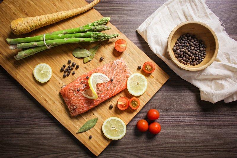 rekomendasi diet keto - salmon panggang.jpg