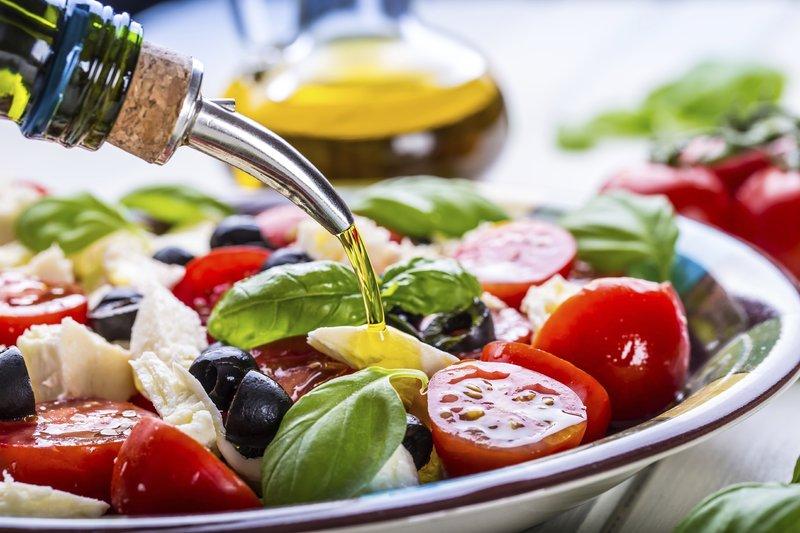 Diet Mediterania Bisa Kurangi Risiko Osteoporosis