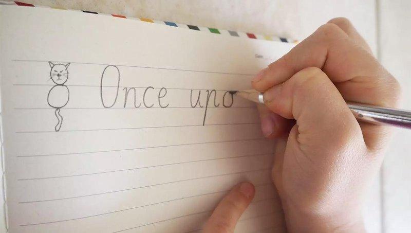 disgrafia, gangguan belajar yang membuat anak sulit menulis 3