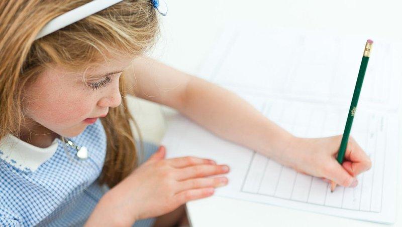 disgrafia, gangguan belajar yang membuat anak sulit menulis 4