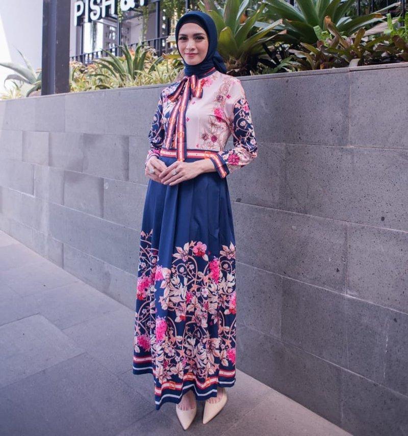 donita berhijab-2.jpg