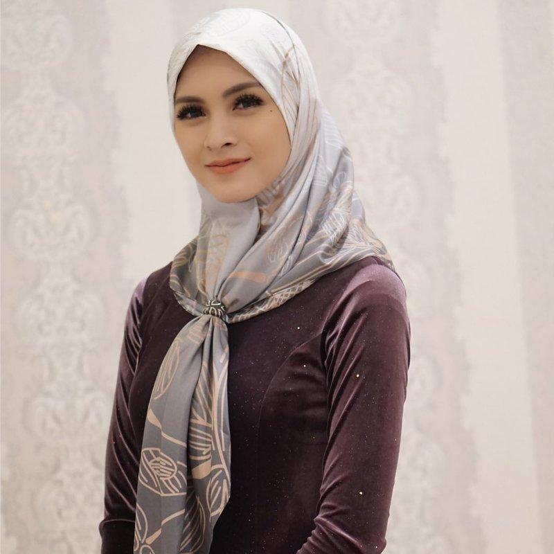 donita berhijab-4.jpg
