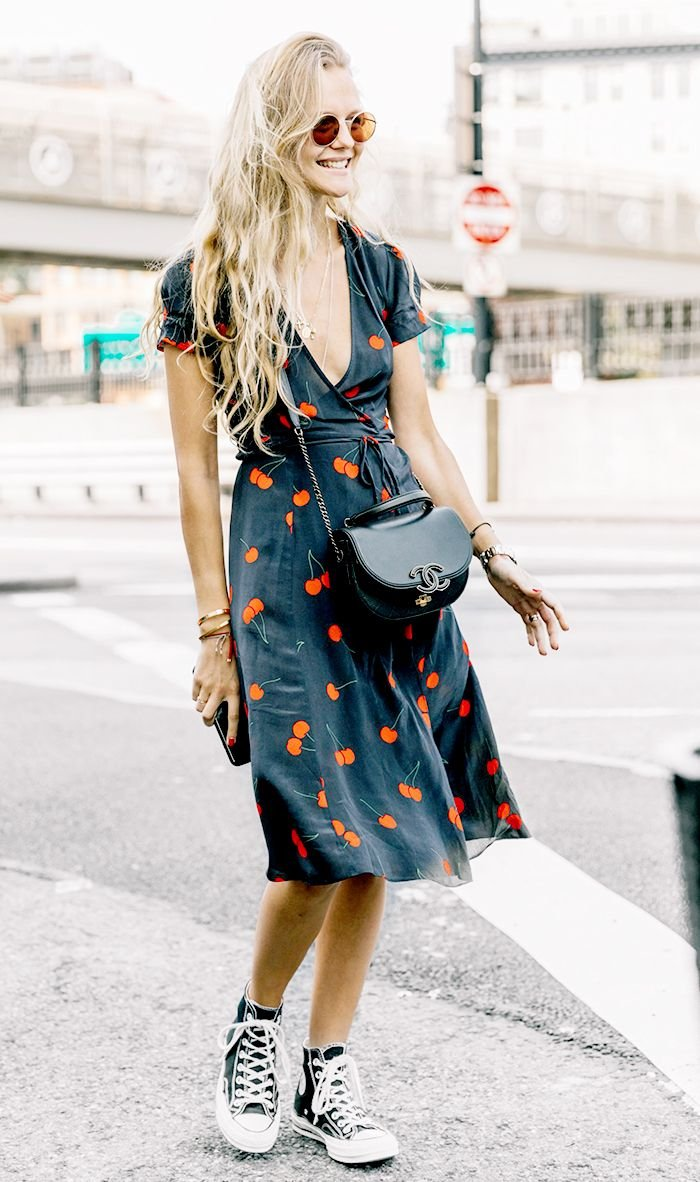 dress dan converse.jpg