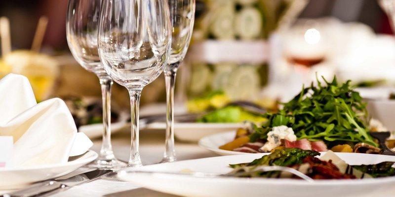 etiket makan fine dining-1.jpg