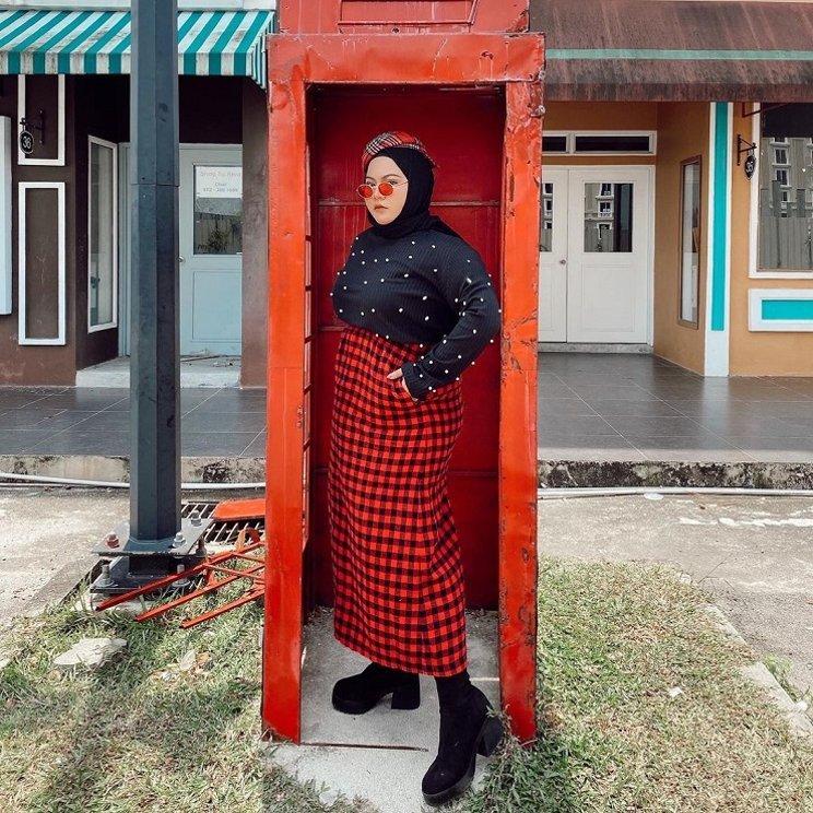 fashion_hijab_untuk_orang_gemuk_dan_pendek_4.jpg