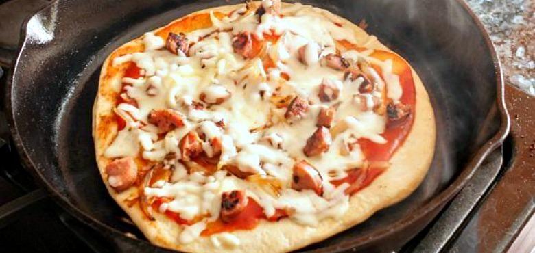 feature pizza tanpa oven.original.jpegquality 90 Resep Indonesia CaraBiasa.com
