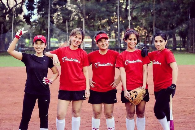 fifi softball.jpg