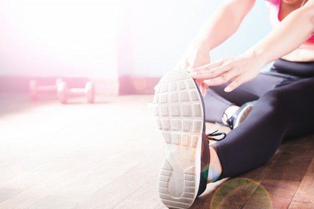 fit-workout-dumbbell-muscle-sport-muscular_1428-748.jpg