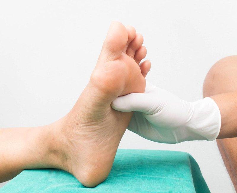 foot massage - familydoctor.org.jpg